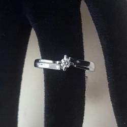 Anello punto luce con Diamanti in oro bianco 18kt Ref.cdid 4686